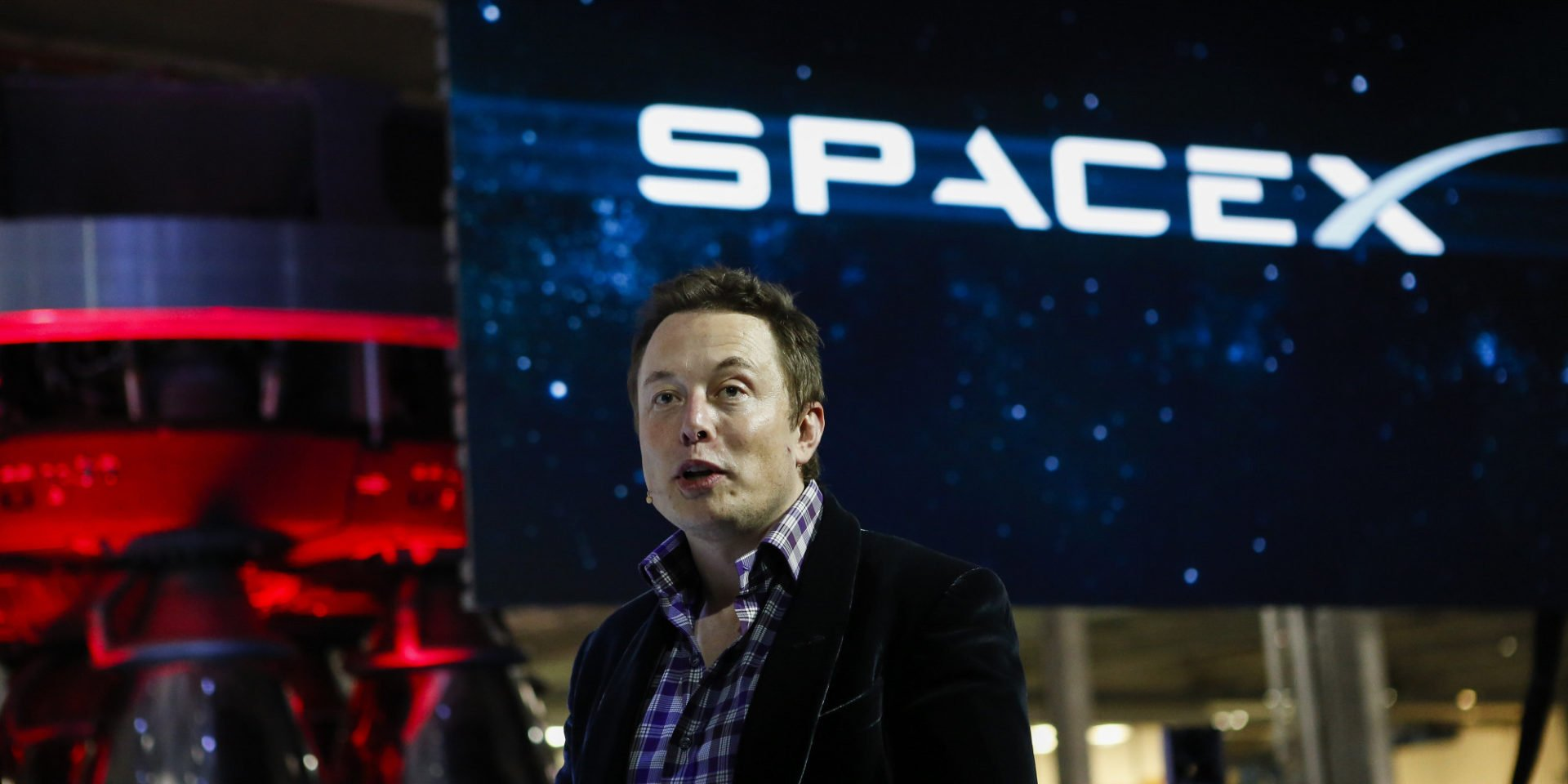 Elon Musk deletes own SpaceX and Tesla Facebook pages after deletefacebook