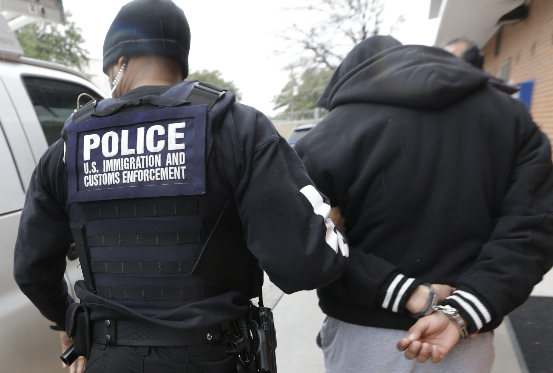 A sweep of Northern California by federal immigration officials this week, which was partly thwarted when the Oakland mayor sounded the alarm, nabbed a number of illegal immigrants convicted of a variety of serious and violent crimes. Immigrations and Customs Enforcement (ICE) officials announced this week that the four-day raid led to the arrest of …