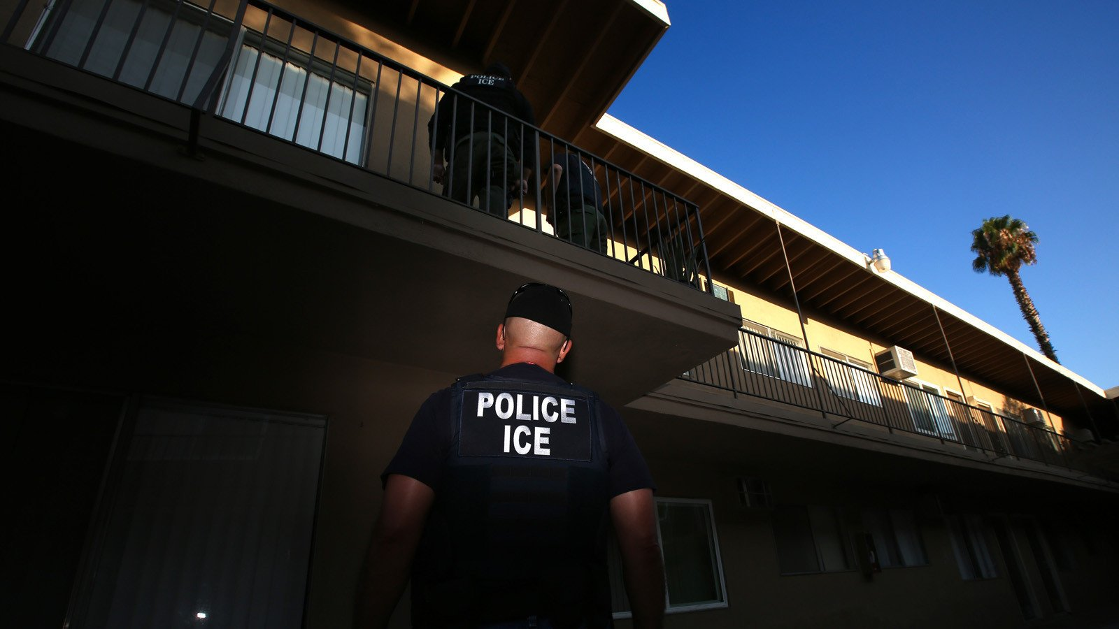 Abolishing ICE Looks Likely To Become 2020 Campaign Issue For Democrats