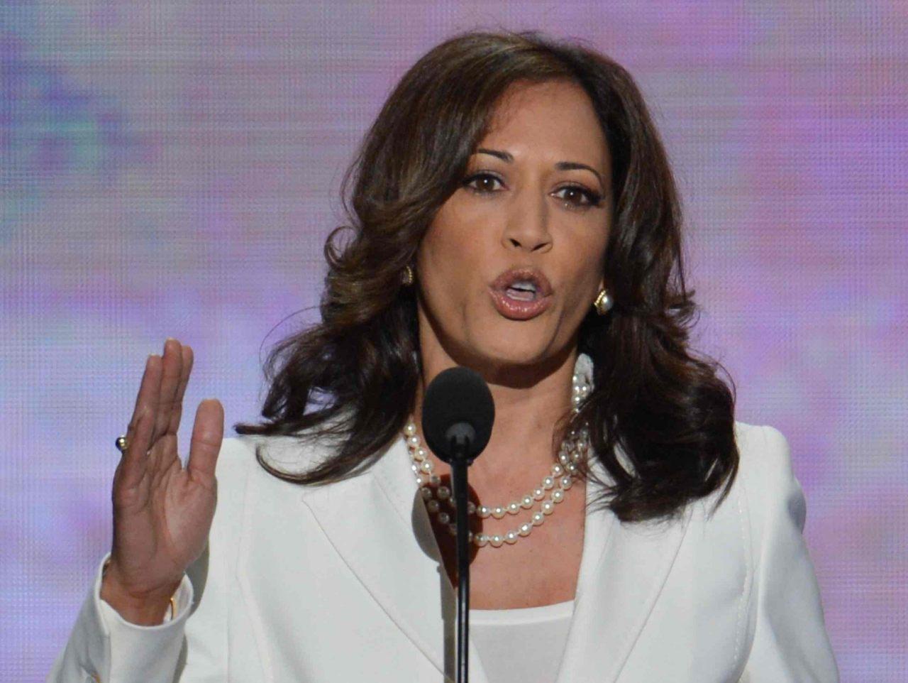 Kamala Harris I Support Oakland Mayor Who Helped Criminal Illegal Aliens Evade Deportation 100 Percent