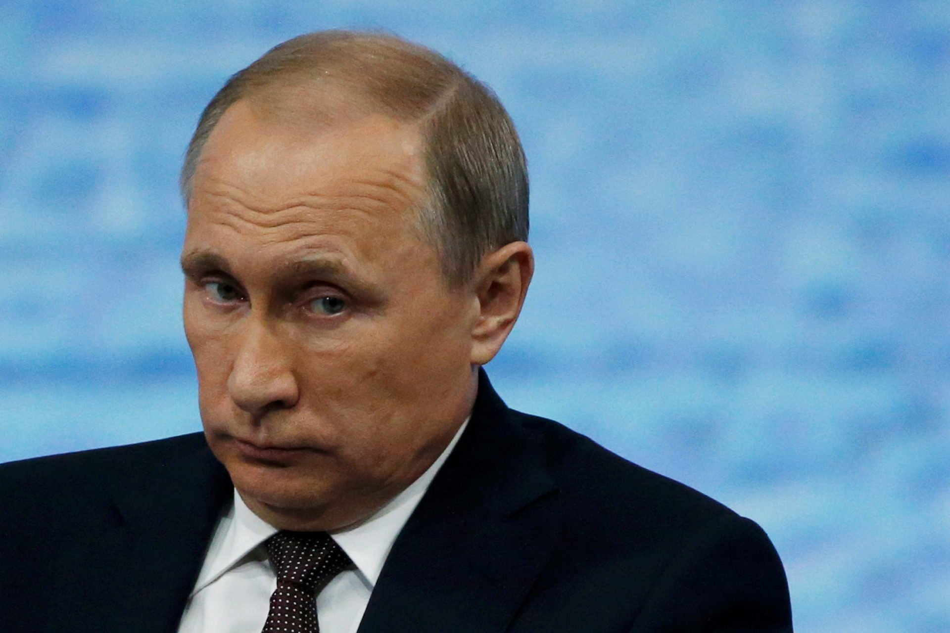 Putin Russia will never extradite citizens accused by US