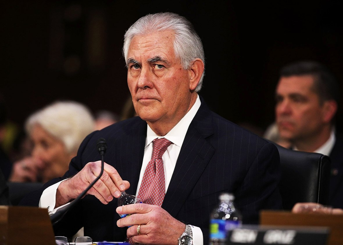 Trump ousts Tillerson will replace him as secretary of state with CIA chief Pompeo