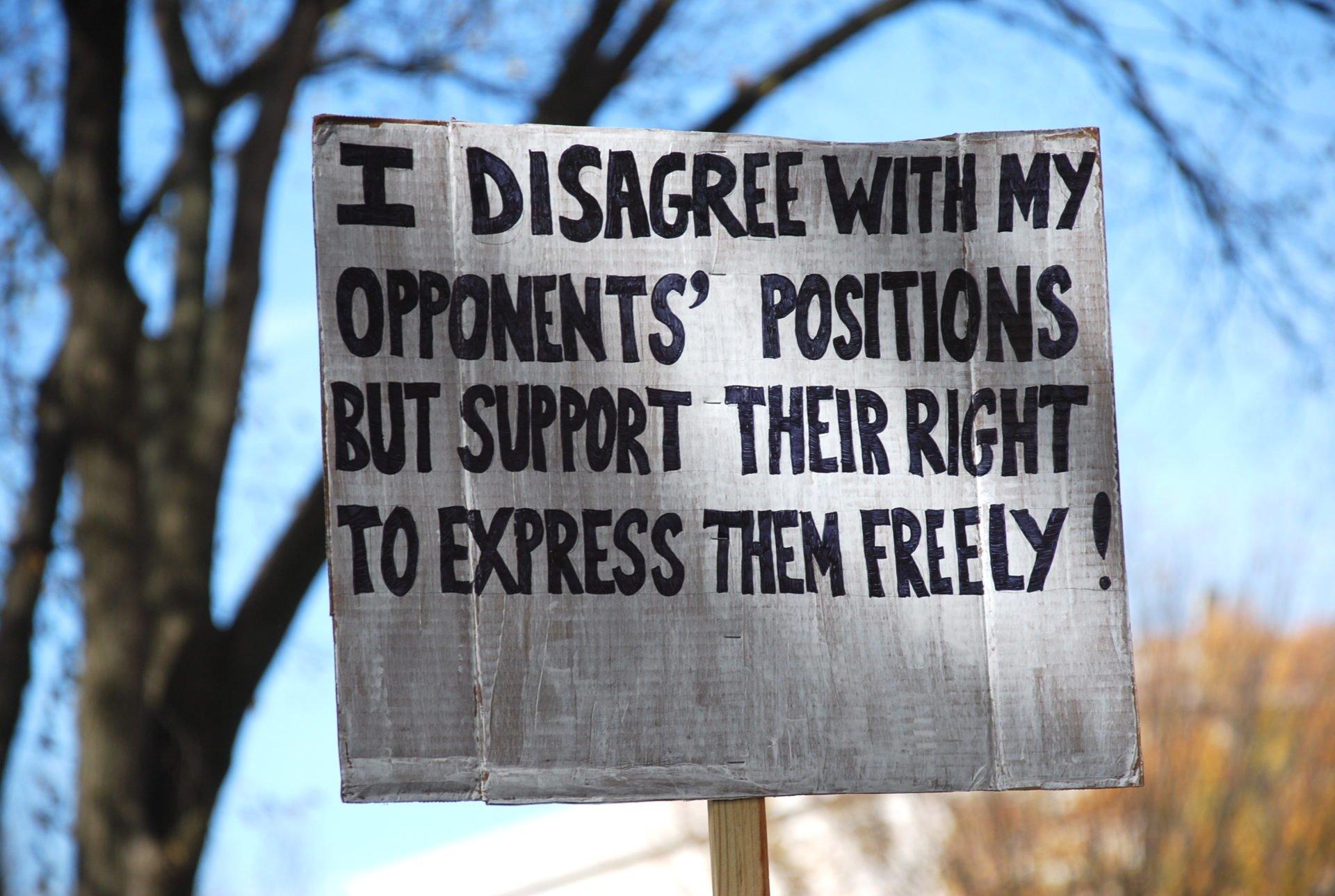 """Résultat de recherche d'images pour """"free speech"""""""