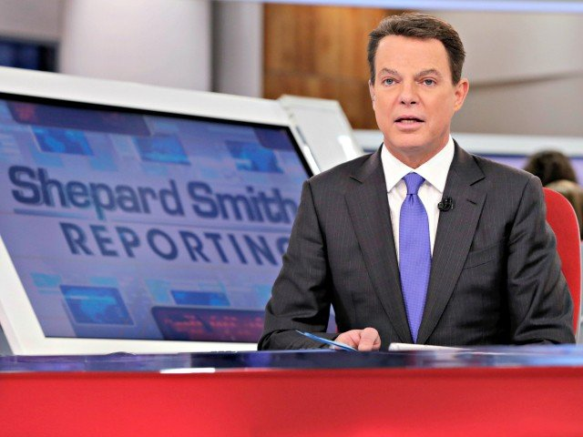 Foxs Shepard Smith Takes Vacation Amid Feud With Sean Hannity Laura Ingraham