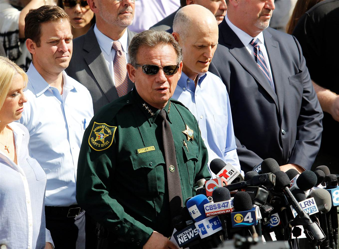 Sheriffs Office Urged to Come Clean After Its Revealed Who Ordered Deputies Not to Engage Parkland Shooter