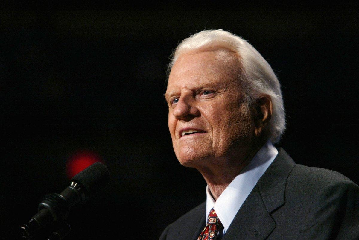 Billy Graham Americas pastor dead