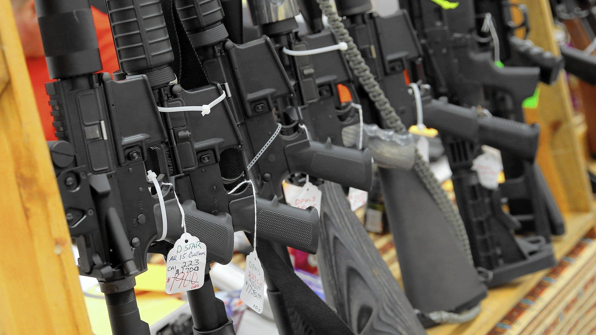 Illinois Bill Requiring 1820YearOlds to Hand Over Certain SemiAutomatic Firearms Moves to Senate