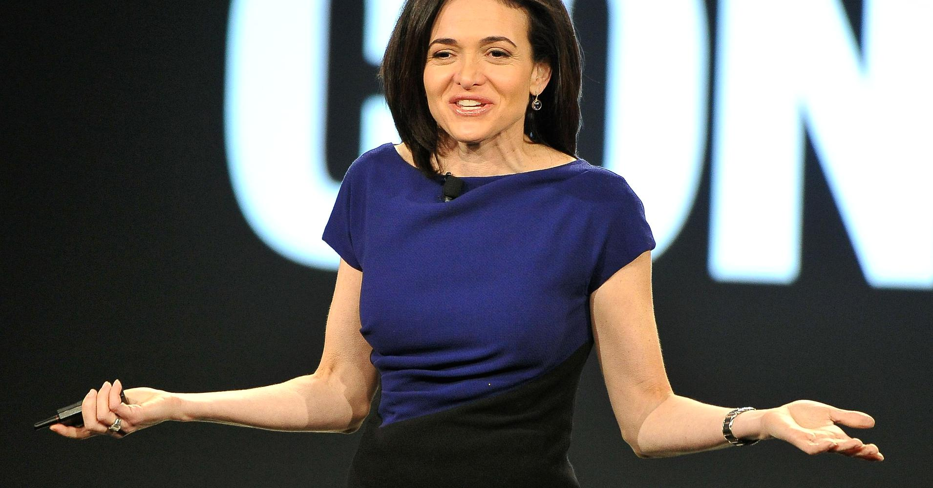 New York Times cuts negative reference to Facebooks Sheryl Sandberg from story