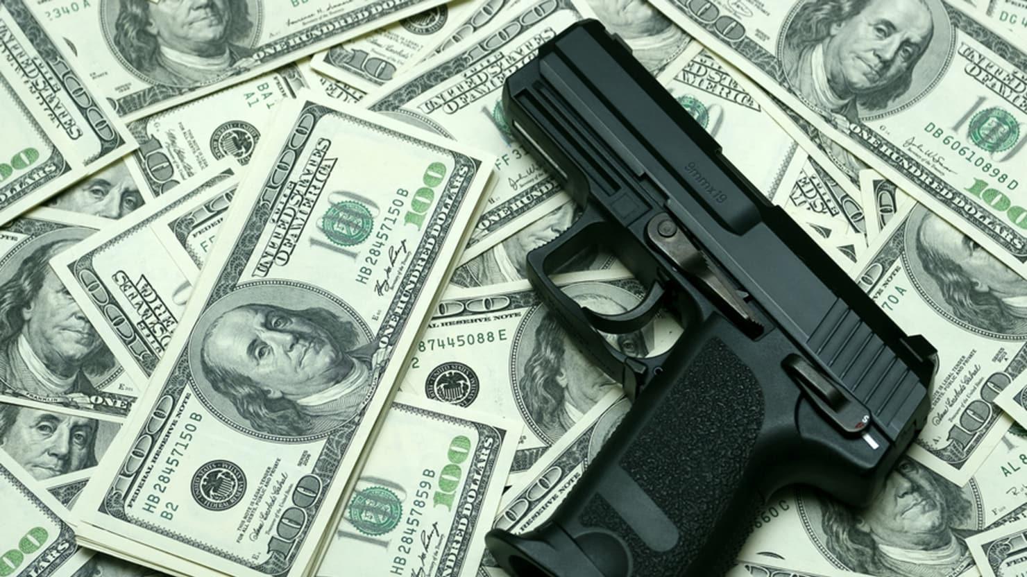 Investors Ask Banks Gun Makers and Gun Retailers to Cut Ties with NRA
