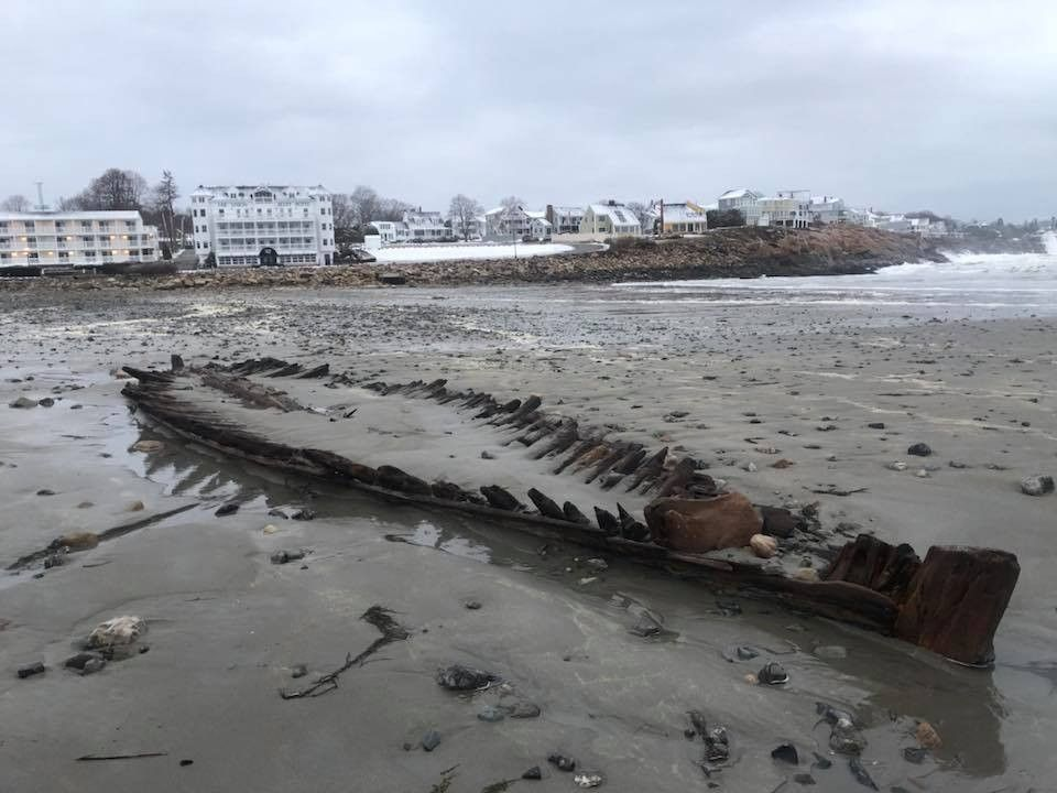 Noreaster uncovers wreck of Revolutionary Warera ship on Maine beach
