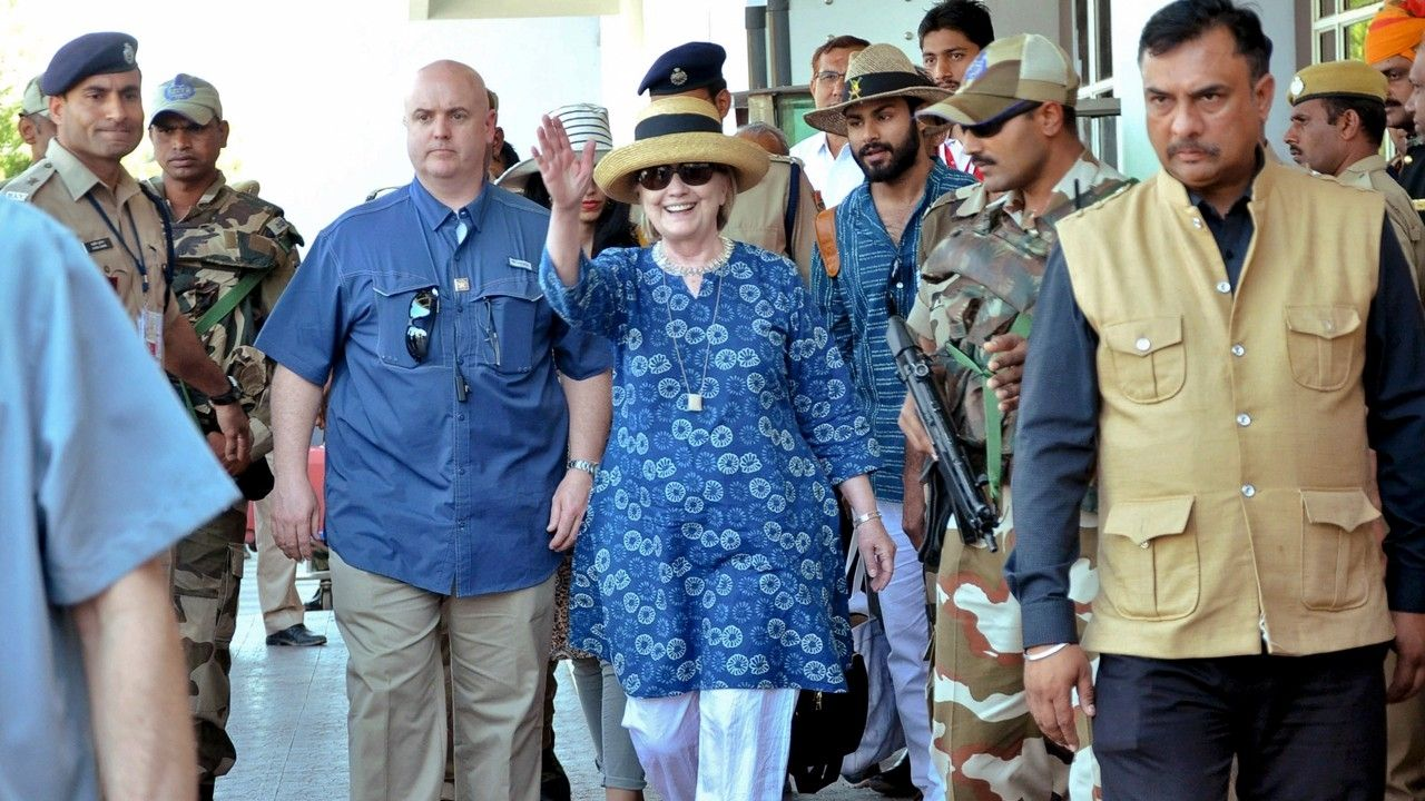 Hillary Clinton fractures wrist after slipping in India resort bathtub report says
