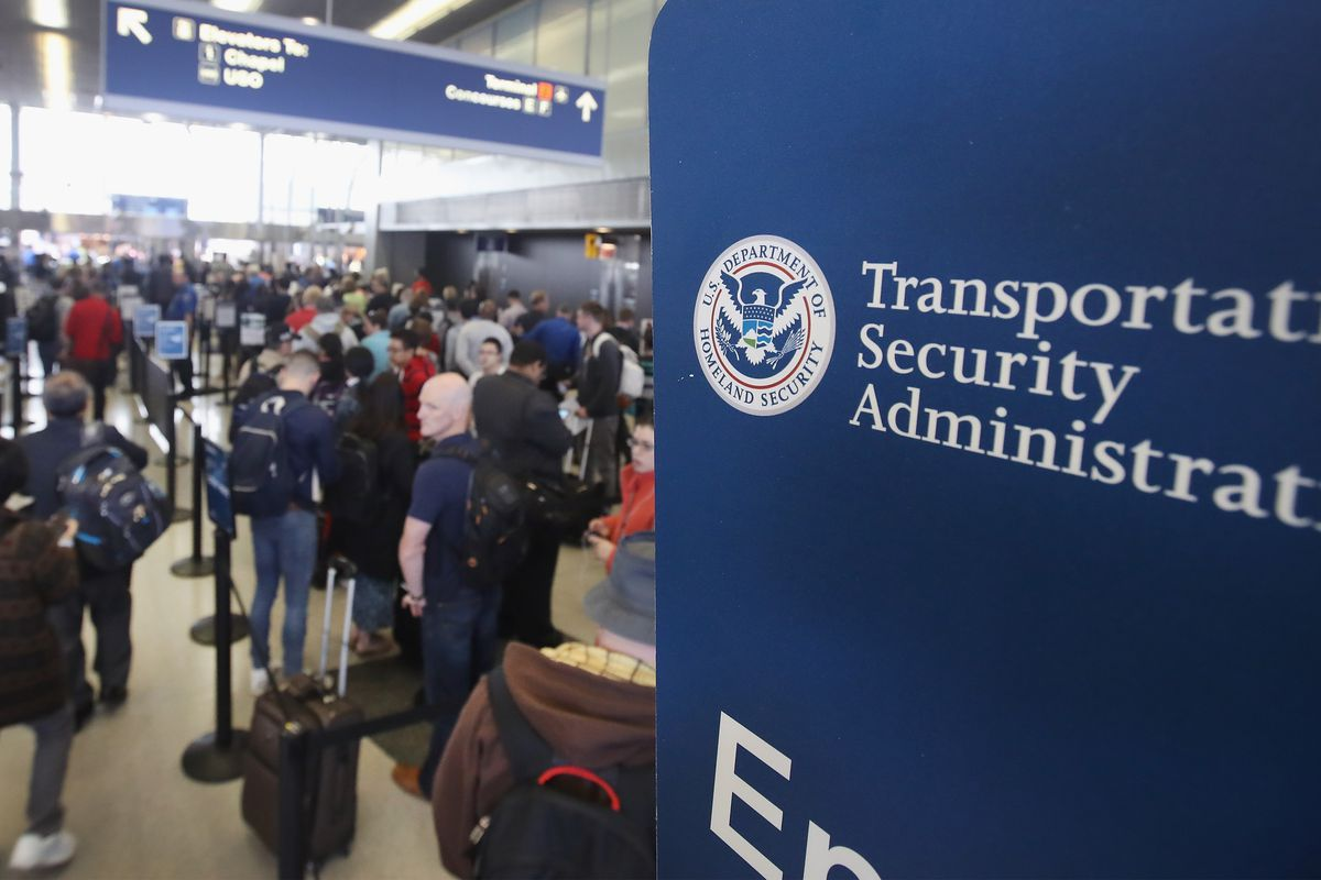 TSA denies accessing data on electronic devices carried by domestic airline passengers