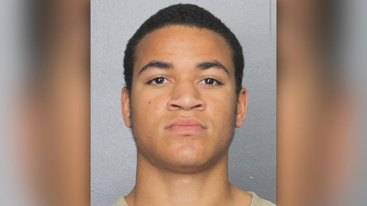 Zachary Cruz Parkland massacre suspects brother arrested for trespassing at school