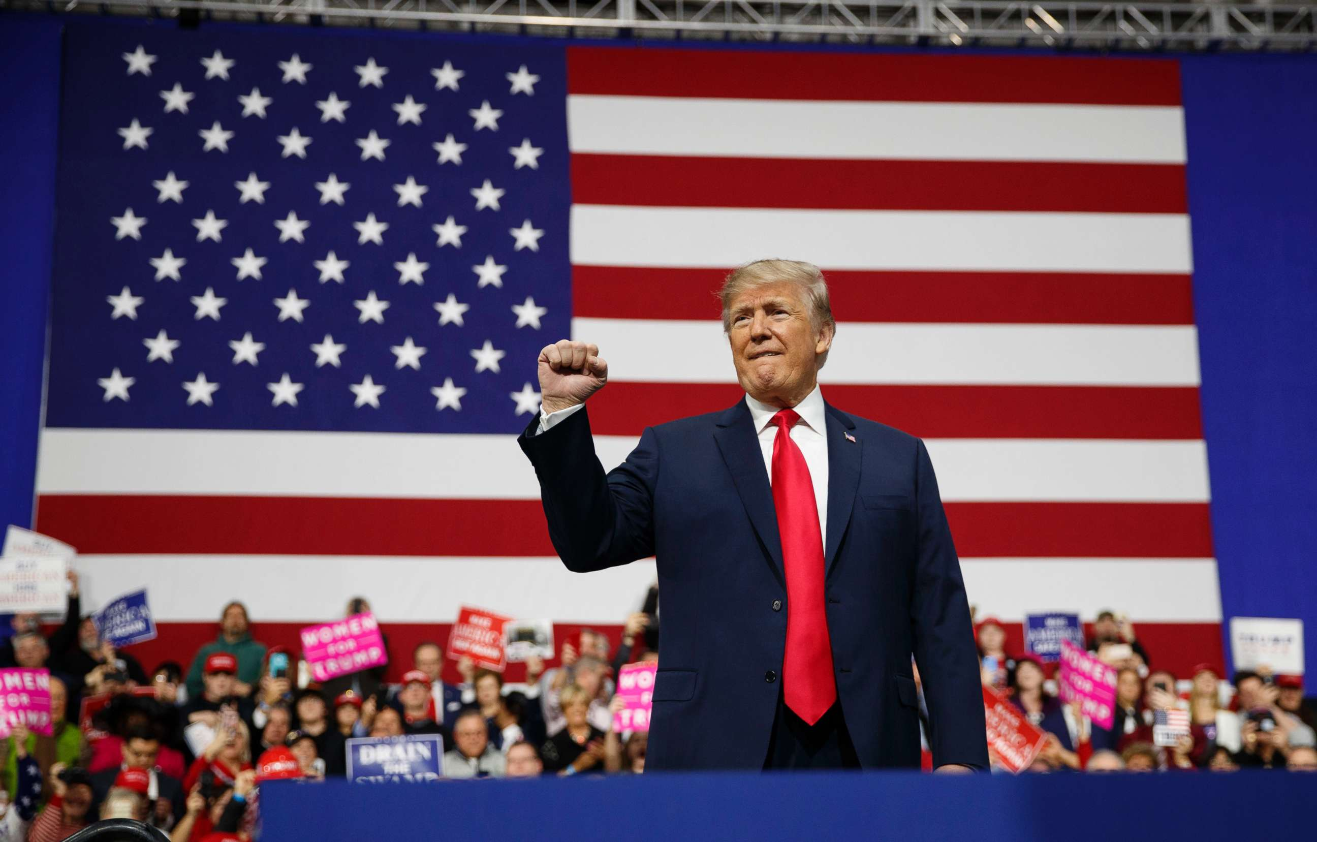 WATCH Trump Unveils Absolutely Perfect 3Word Slogan for 2020