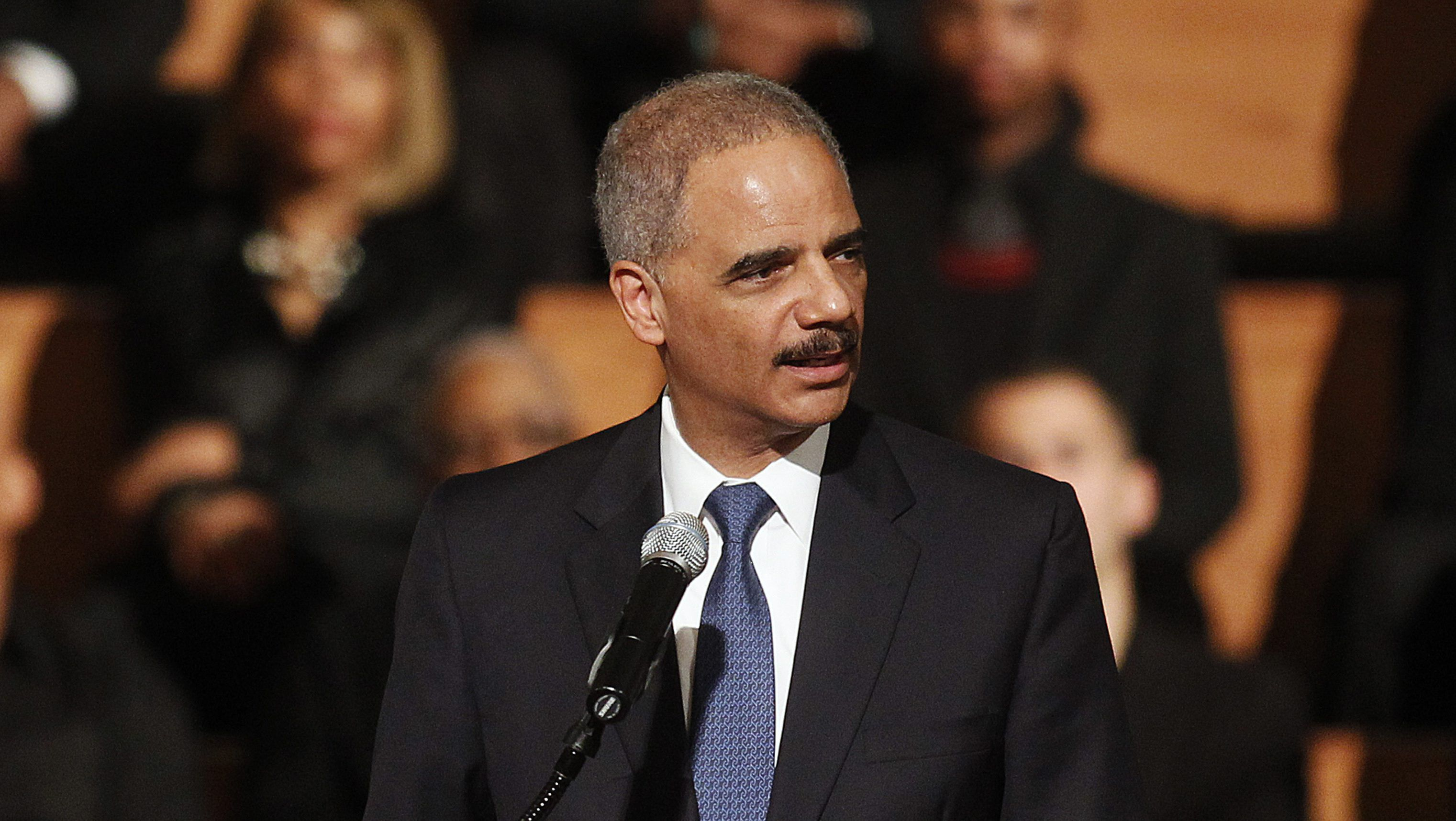 WATCH Eric Holder says he could unify the country if he defeated Trump in 2020