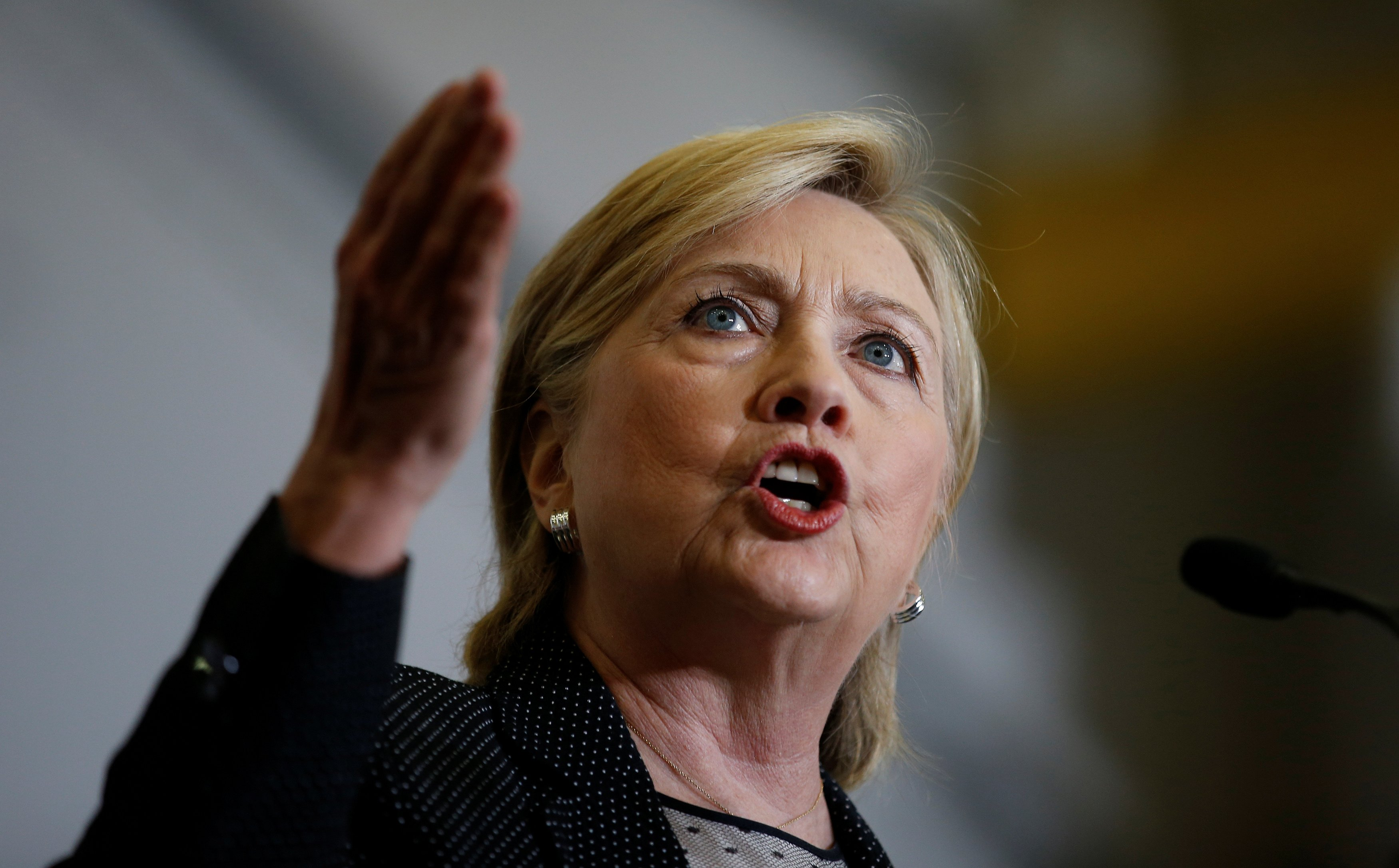 Hillary Clinton calls for new national commission to investigate Russian cyber interference