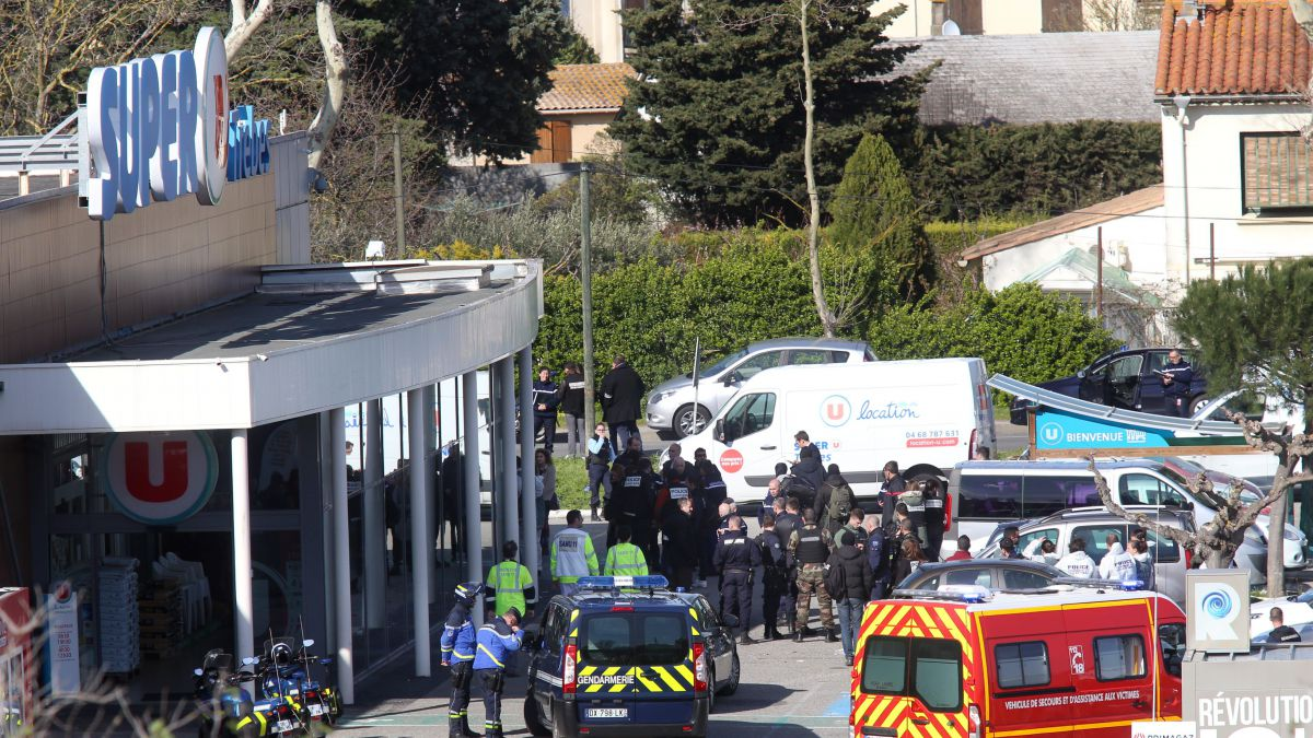 Islamist gunman attacks French supermarket kills three