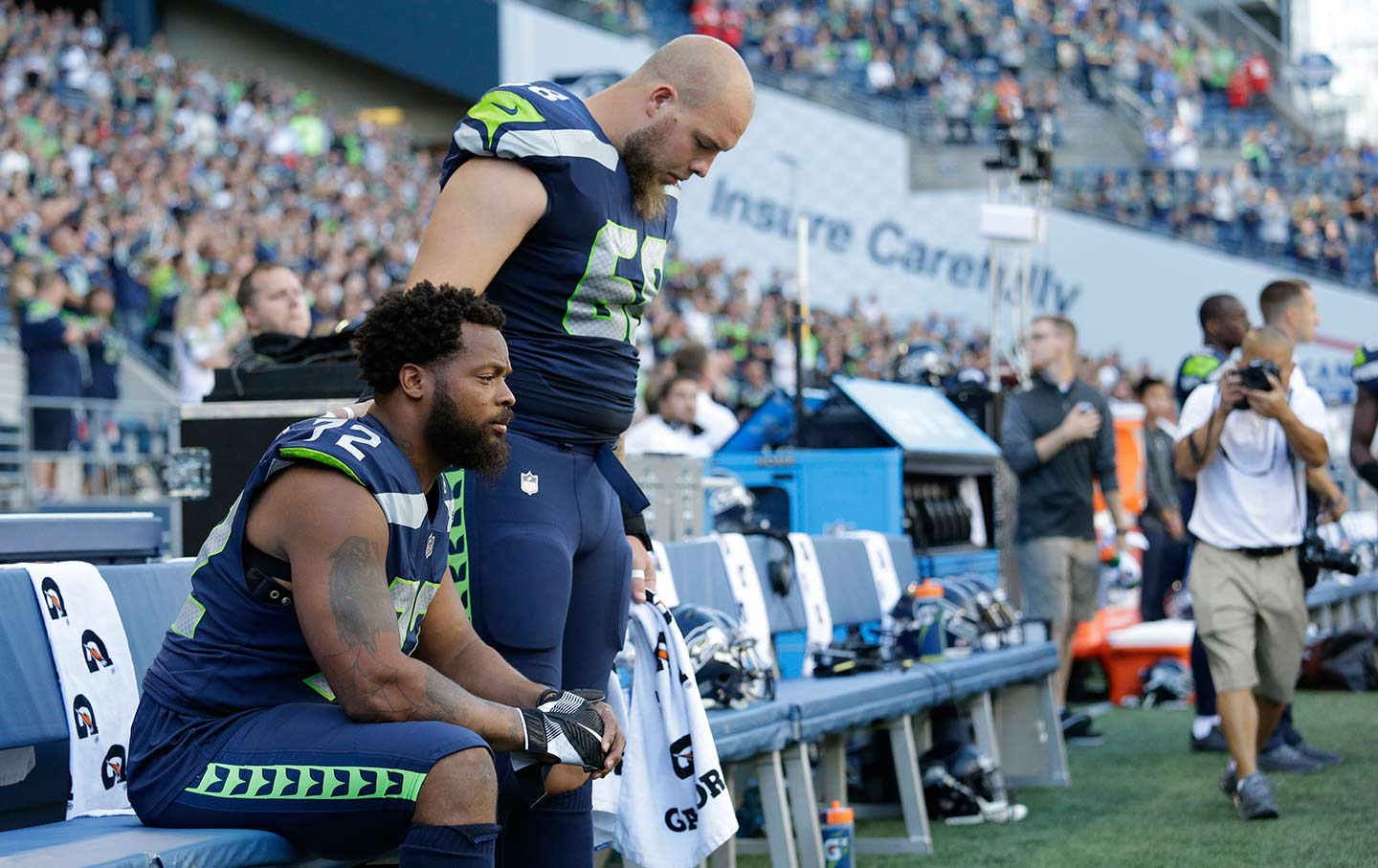 Seattle Seahawks Get Rid of Anthem Kneeler Michael Bennett in a Hurry Reportedly Say Hes a Pain in the Ass