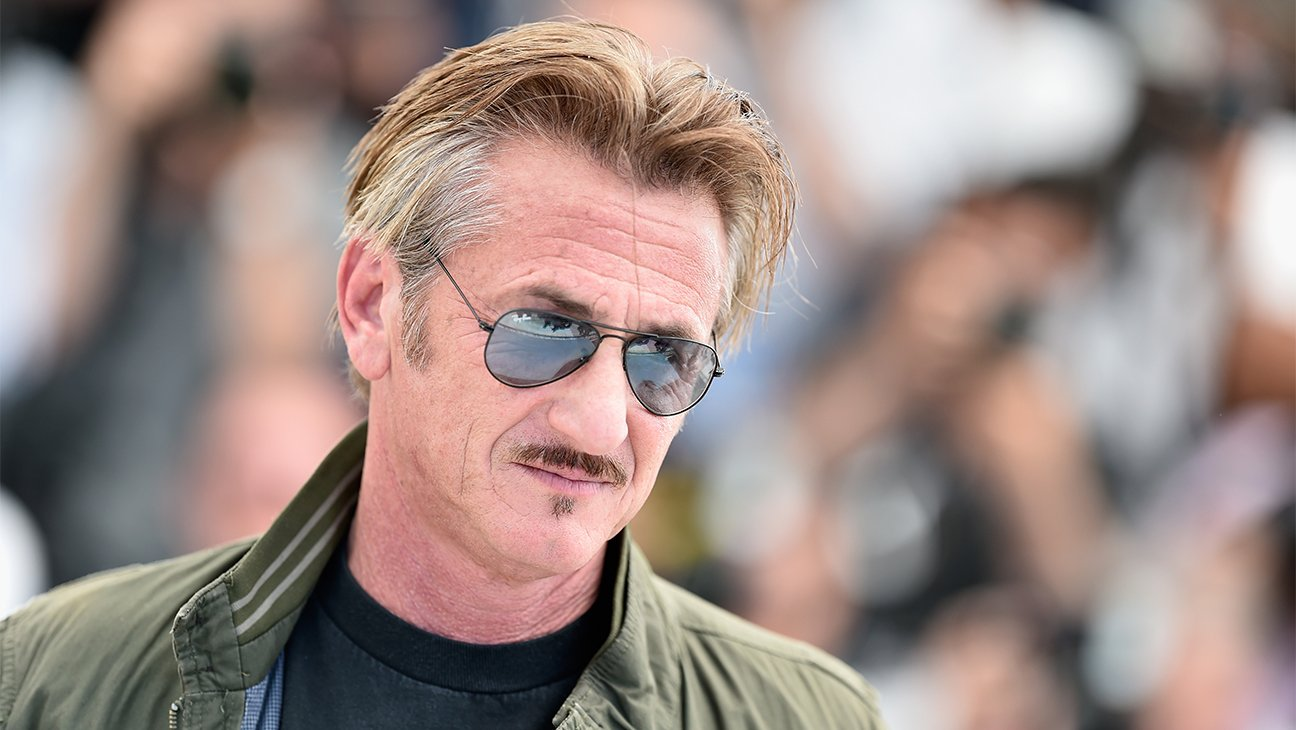 Sean Penn Authors Novel Portraying a TrumpLike President and a Nation in Need of an Assassin