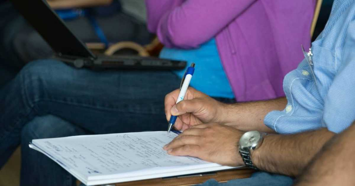 PANIC College Students Complain About Taking Notes By Hand