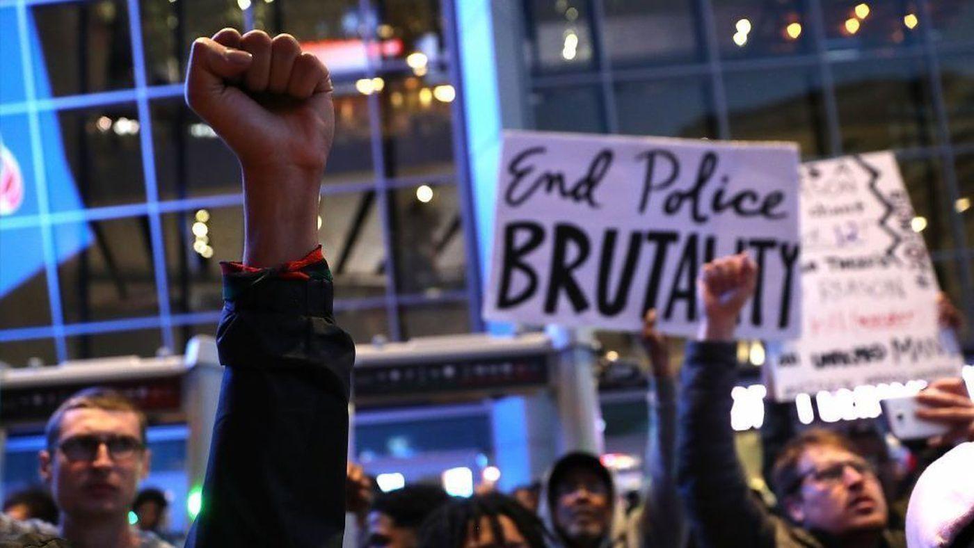 VIDEO Police Cruiser Runs Over Protester Tensions Run High Between Demonstrators and Sacramento Cops