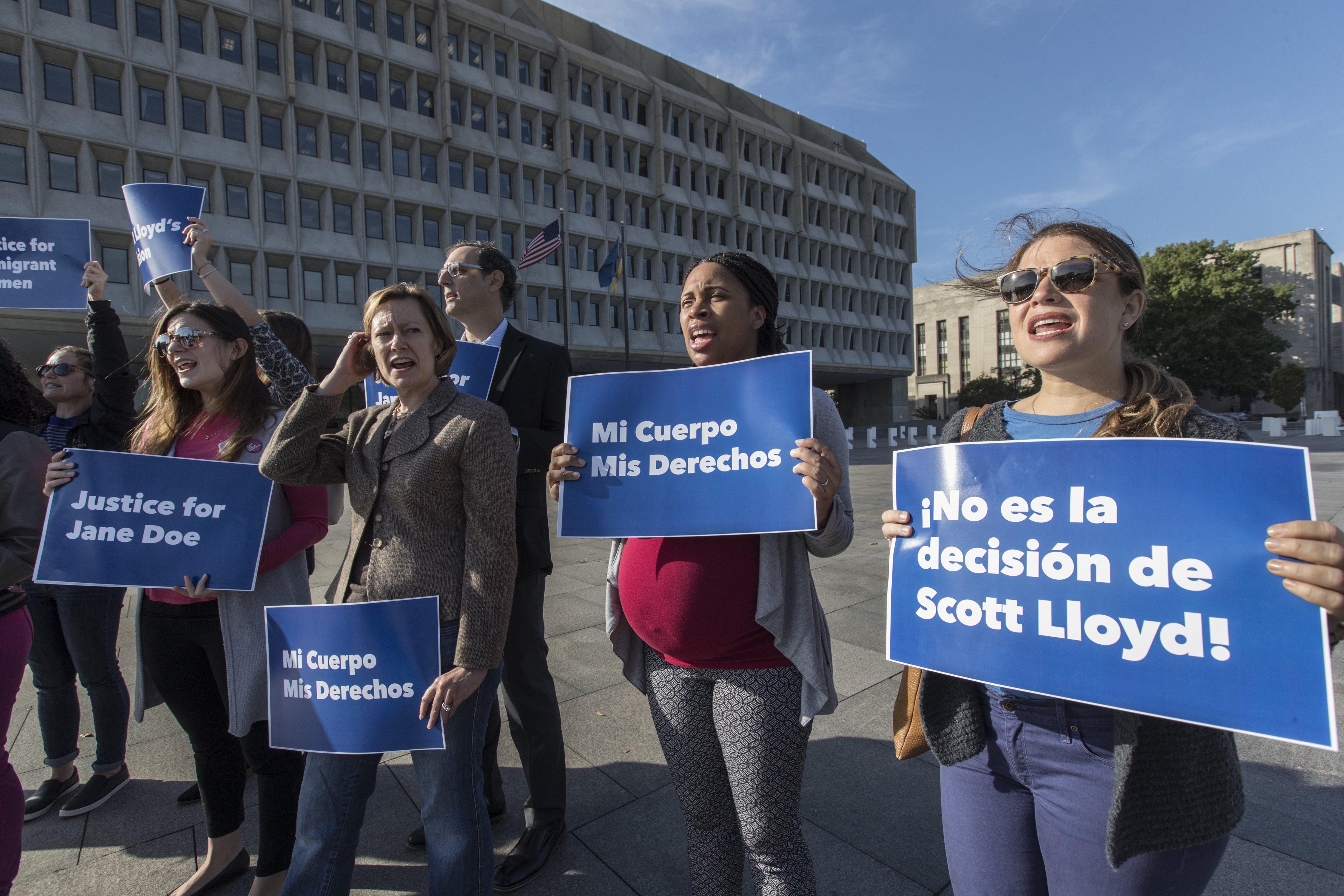 Judge grants nationwide right to abortion to illegal immigrant minors